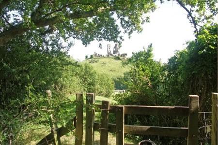 Corfe Castle Stile