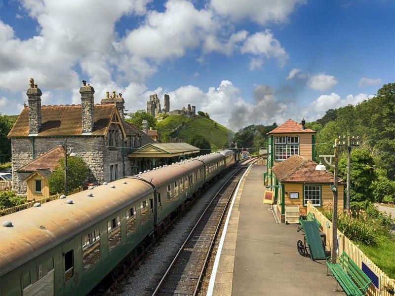s-steam-trains-at-corfe.jpg